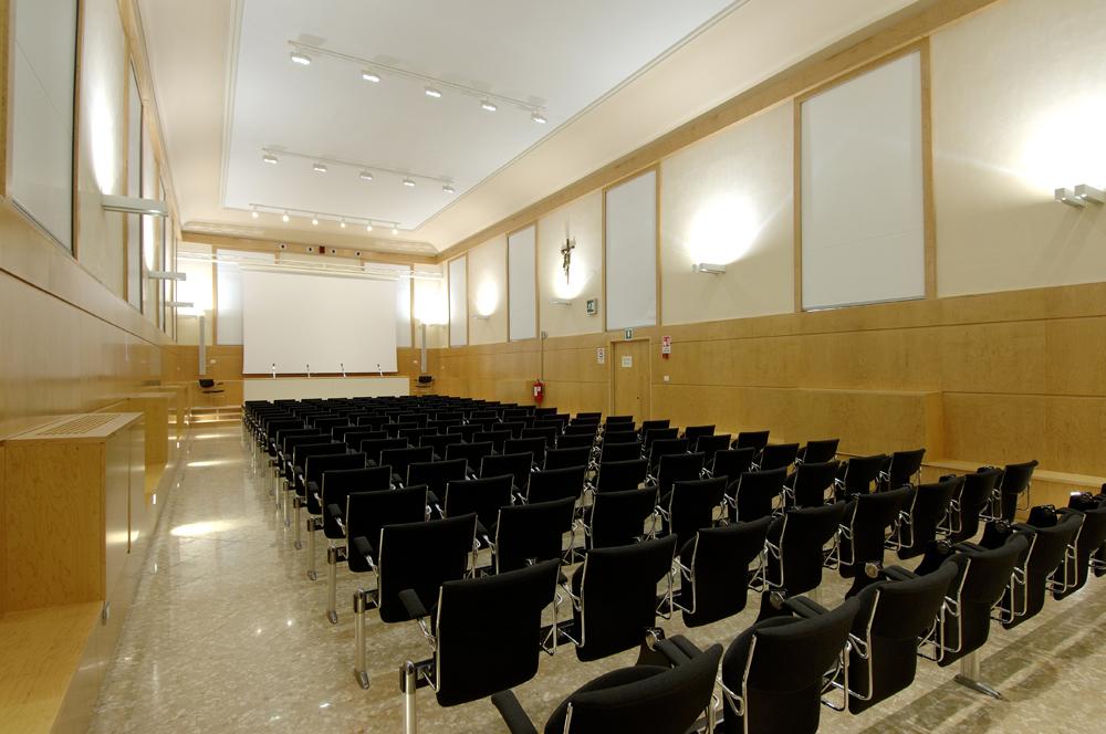 galleria_sala_convegni_1._aula_magna