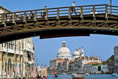 location_ponte_accademia